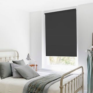 Roller blind_Cordova Black_Roomset