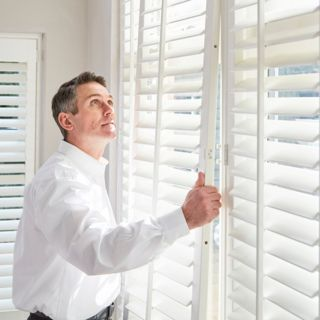 HILLARYS-ADVISOR-SHUTTER-FITTING