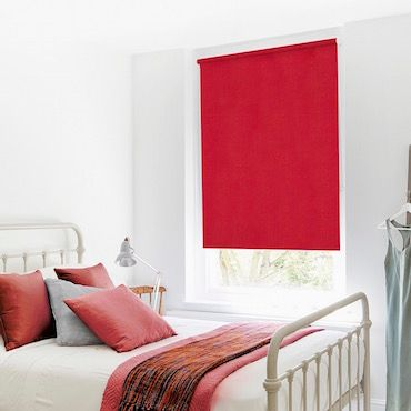 Roller Blind_Acacia Red_Roomset