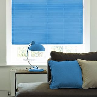 Pleated Blind_Salerno Azure_Roomset