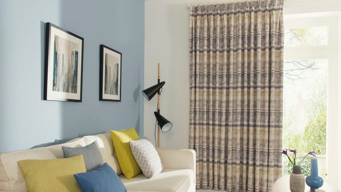 Example of a Made to measure Pencil Pleat Curtain in the Living room