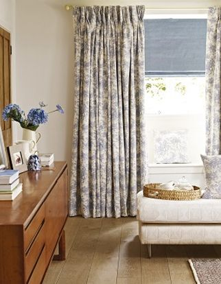 Curtain Toile French Blue Roomset