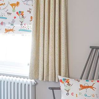Curtain Burst Multi Roomset
