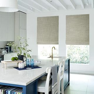 Roman-Blind_Allure_Bamboo_Roomset