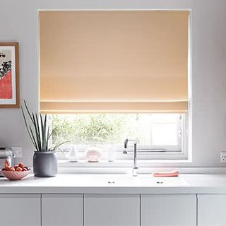 Roman Blind Tetbury Blush