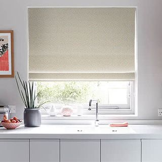 Roman_Blind_Burst_Multi_Roomset