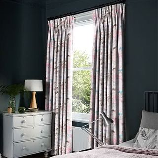 Curtains_Roomset_Caprice-softpink