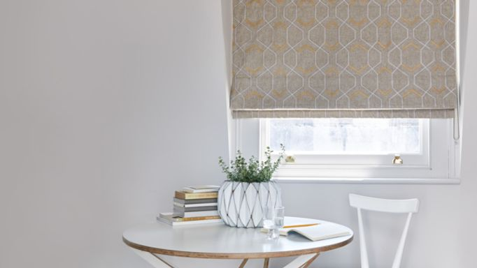 Verve-Golden-Wheat-Roman-blind