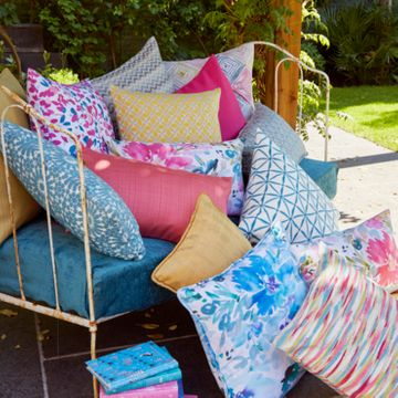 Patterned cushion collection