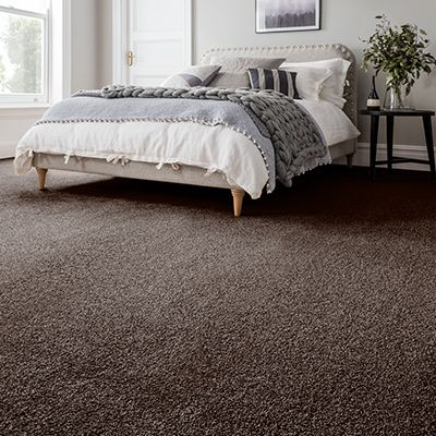Brown-carpet-bedroom-bali-barbosa