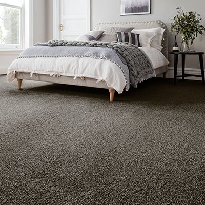 Grey-carpet-bedroom-bali-davy-jones