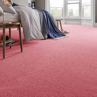 Pink-carpet-bedroom-spectrum-coral