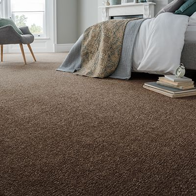 Brown-carpet-bedroom-saxony-truffle