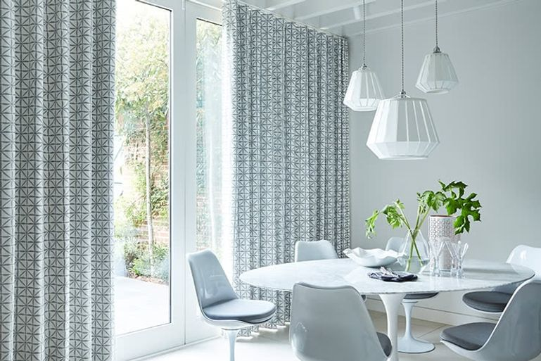 White-Patterned-Curtain-Dining-Room-Shibori_Smoke
