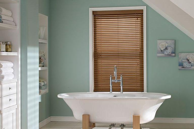 bathroom blinds 50 off waterproof bathroom blinds sale. Black Bedroom Furniture Sets. Home Design Ideas