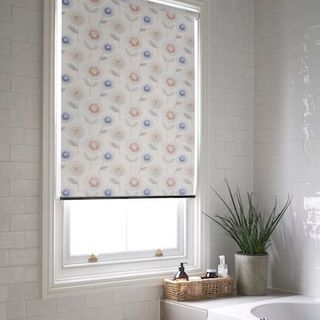 Craft cream roller blind