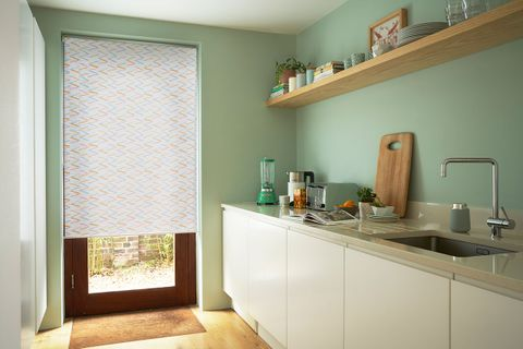 Patterned Roller Blind_Riya Sorbet_Kitchen