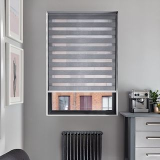 Enlight flint roller blind