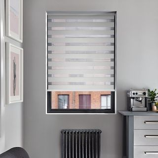 Enlight shell roller blind