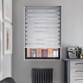 Enlight silver roller blind
