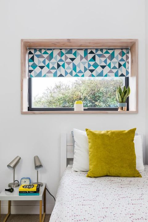 Urban-Marine-Splash-roller-blind-kids-bedroom-_10_