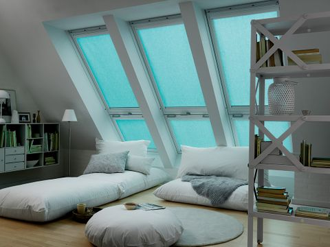 Blue-Velux_Bedroom_4571-Light-Blue