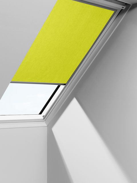 Yellow-Velux_Bedroom_4570-Bright-Yellow