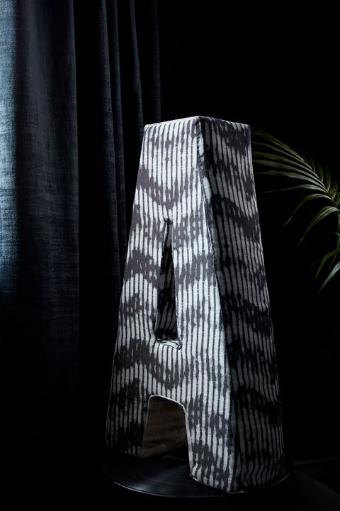 HIL_ABIGAILAHERN_PORTRAIT_DETAIL_Cley-Mole_curtains_and_Cadillac-Noir_prop