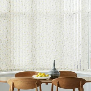 Vertical Blind_Edra Gold_Dining Room