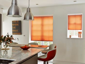 Moreno Rust Pleated blind in kitchen roomset