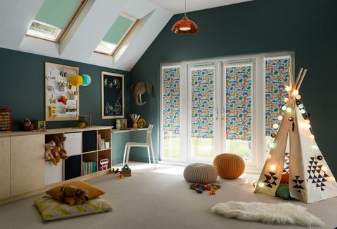 Jungle Book Safari Perfect Fit blind in children's playroom