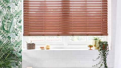 Nutmeg Faux Wood blinds in bathroom