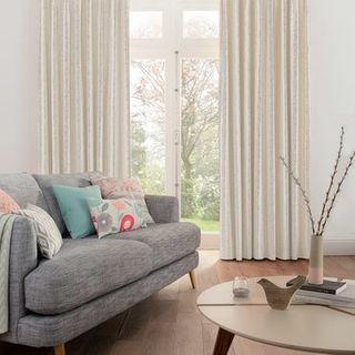 Curtain_Lotta Dove_Roomset