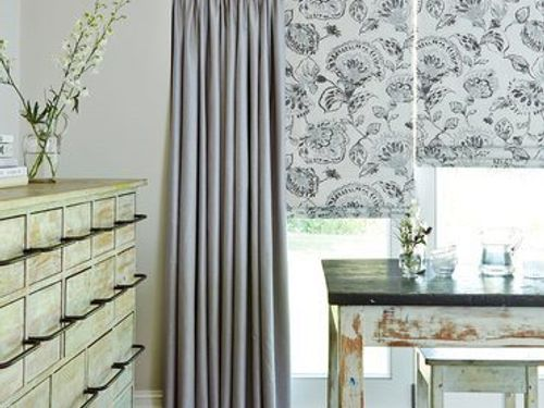 Curtain_Opulence Dove Grey_Roomset