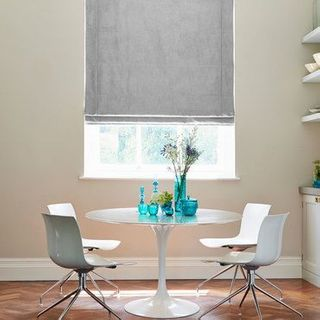Roman Blind_Opulence Dove Grey_Roomset