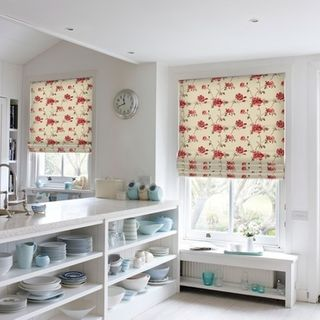 Roman Blind_Lambay Rose_Roomset