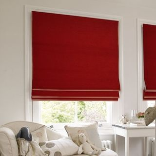 Roman Blind_Lyon Red_Roomset