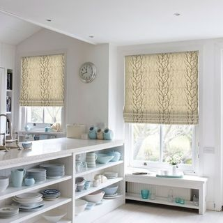 Roman Blind_Pyrus Cream_Roomset