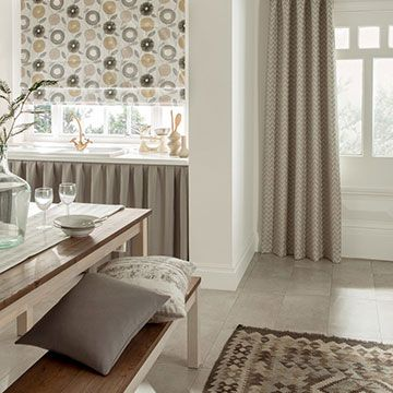 Curtains_Horizon Mist and Freyja Flint Roman Blind_Kitchen