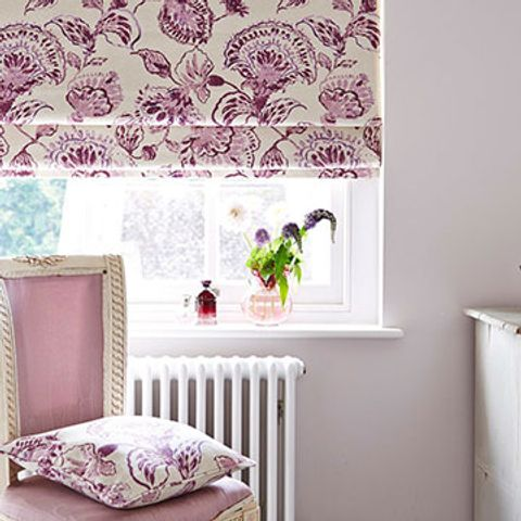 Roman Blind_Portia Quartz_Bedroom.