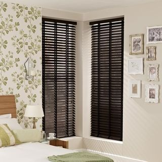 Wooden Blinds_Haywood Hickory_Roomset