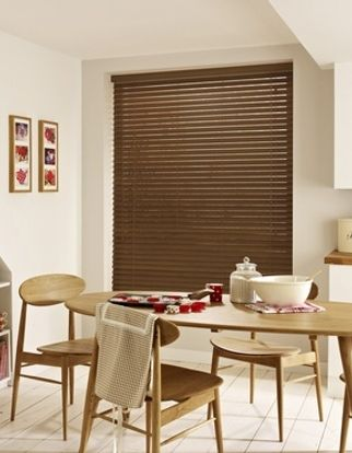 Wooden Blinds_Haywood Tawny_Roomset