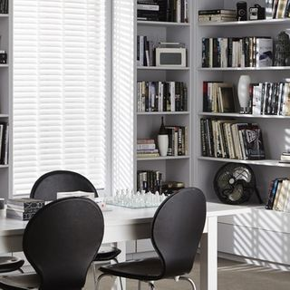 Wooden Blinds_Wood Illusions Polished White_Roomset