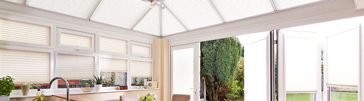 elba-ivory-pleated-blind-conservatory