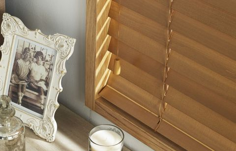 Wooden Blind_Haywood Canadian Maple_Bathroom