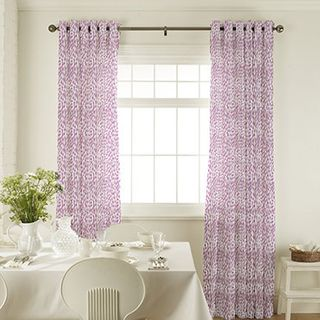 Curtain_Daze Berry_Roomset