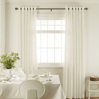 Curtain_Preston Ivory_Roomset