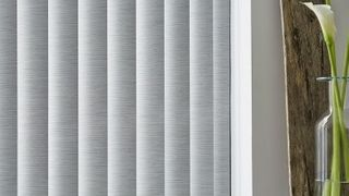 Vertical Blind_Grenoble Linen_Kitchen