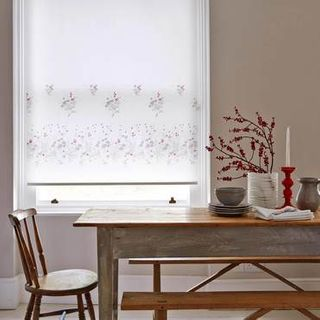Roller Blind_Meadow Way Poppy_Roomset