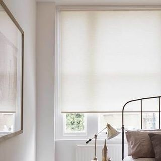 Roller Blind_Norfolk Ivory_Roomset